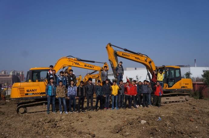 挖掘机驾驶培xun